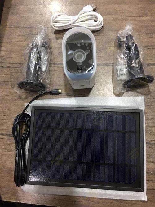 خرید دوربین مداربسته با پنل خورشیدی